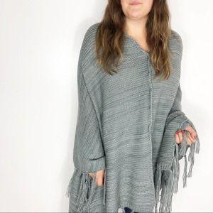 LULAROE Gray Mimi Chunky Knit Sweater Shawl Poncho